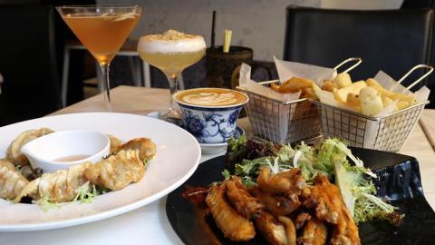 【中環美食】咖啡酒館推$98任食 2小時任食雞翼+送2杯紅白酒/咖啡