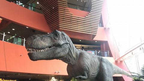【九龍灣好去處】九龍灣化身侏羅紀世界 30呎識郁暴龍/7大影相位