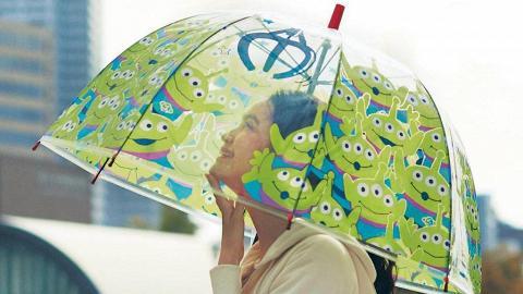 日本迪士尼新推8款卡通透明遮!三眼仔/Tsum tsum/怪獸公司/公主/TinkerBell