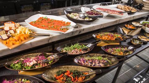 【中環美食】西餐廳Semi-Buffet半自助餐 $188歎雙層牛肉漢堡/法式沾醬三文治