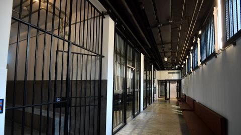 【粉嶺好去處】前粉嶺裁判法院活化後3月底重開!舊法庭/拘留室開放公眾參觀