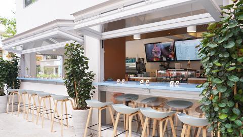 【大圍美食】大圍新開樓高兩層純白Café 虹吸咖啡/明太子意粉/自家製白桃雪糕