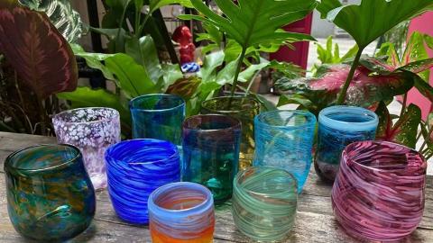 【灣仔好去處】灣仔玩夢幻吹玻璃DIY工作坊 自製星空首飾/粉嫩色水杯