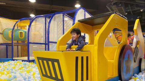 【親子好去處】將軍澳2萬呎冒險樂園全新開幕 飄移賽車場/彈跳迷宮/發光波波池