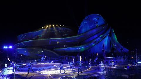 【海洋公園】大型360度水上光影匯演「光影盛夜」震撼火焰/水幕噴泉+雜技Show