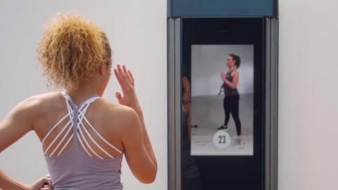 Tonal家居智能健身系統+虛擬教練!屋企變健身室 隨時做Gym/做運動/負重訓練