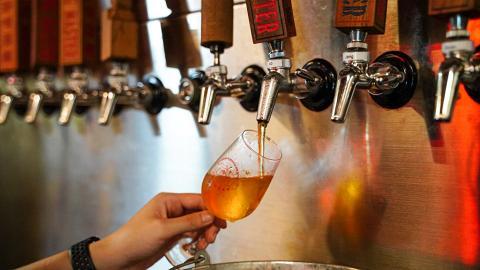 【港島好去處】全港最大規模本地手工啤釀酒廠!參觀釀製過程/送新鮮啤酒