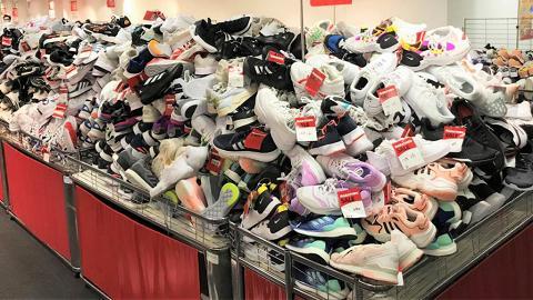 【開倉優惠】銅鑼灣波鞋開倉低至2折!Adidas/Nike/Vans波鞋$100起、秋冬衛衣/外套$70起