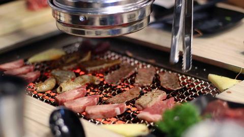 銅鑼灣日式燒肉4人同行送海鮮鐵板燒拼盤!惠顧即玩椪糖遊戲+2人以上訂位送清酒