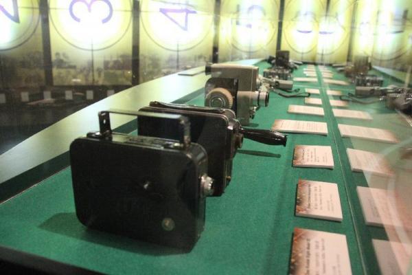 看過舊式菲林攝影機嗎?