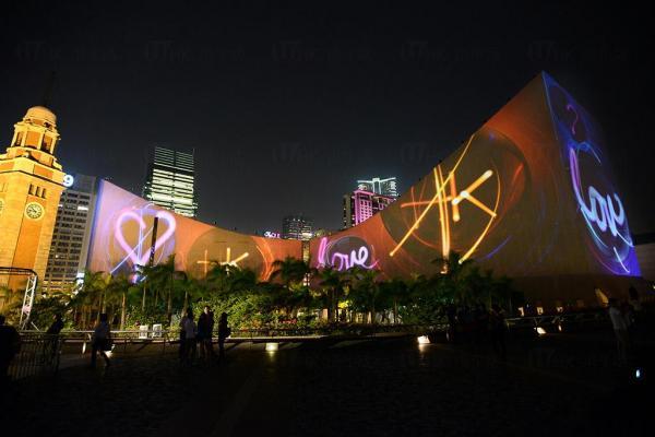 藝術圖案@「閃躍維港」3D光雕匯演