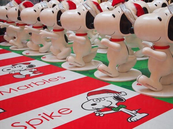 100個Snoopy雕塑更會換上一身聖誕潮裝列陣。
