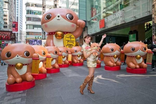 全亞洲首個身高5米立體癲噹招財貓現身iSQUARE國際廣場
