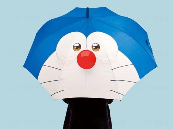 3D多啦A夢造型長柄雨傘$300