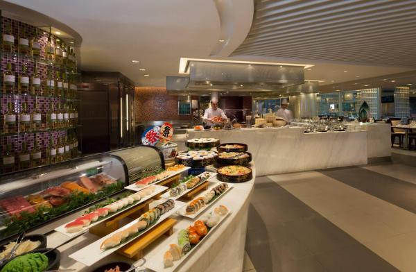 皇家太平洋酒店4月自助餐優惠 低至65折 (圖:FB@柏景餐廳 Cafe on the PARK)