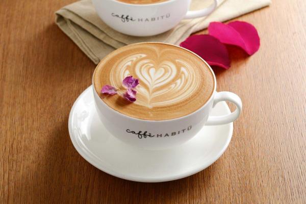 玫瑰鮮奶咖啡 $46