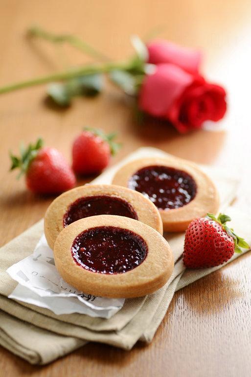 玫瑰草莓果醬曲奇 $58