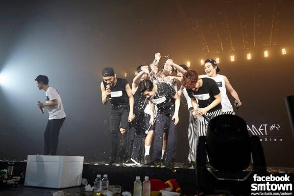 EXO PLANET #2-THE EXO'luXion (圖: FB@EXO-K)
