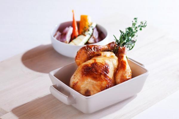有機野春雞配自家田園燒雜菜