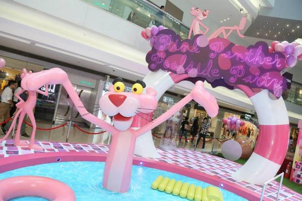傻豹首度訪港 大搞粉紅泳池派對(圖:fb@Festival Walk 又一城)
