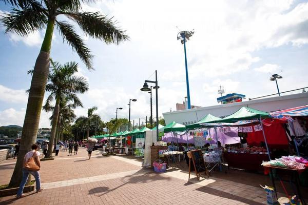「西貢海濱樂園購物天地」購物長廊 (圖:FB@西貢海濱樂園購物天地)