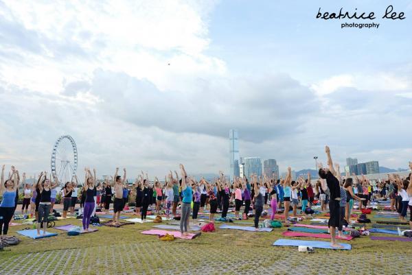 中環新海濱 大型戶外瑜伽節(圖:fb@Beatrice Lee Photography)