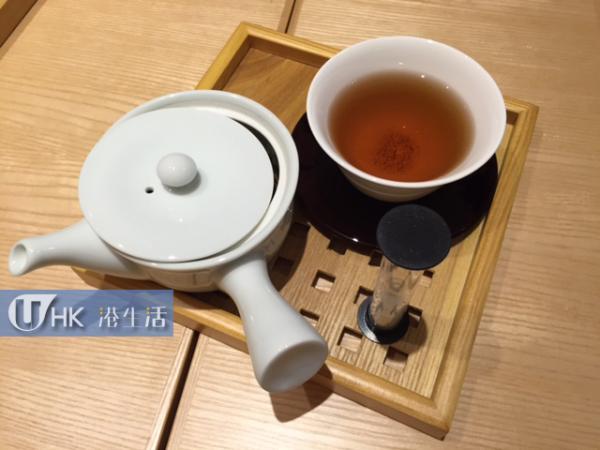 桃味焙茶($38,冷熱同價)
