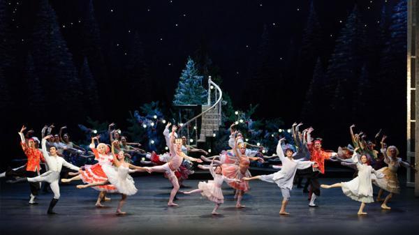 香港芭蕾舞團《胡桃夾子》(圖:香港芭蕾舞團官網)