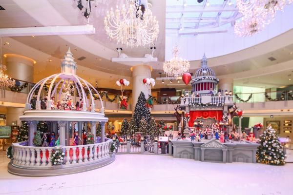 ELEMENTS圓方 逾百個Kouklitas聖誕娃娃首度進駐