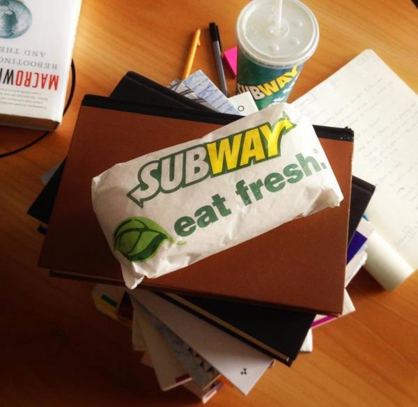 Subway每周買一送一優惠