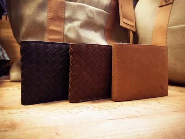 皮製品牌VOLARE 告別清貨全場半價