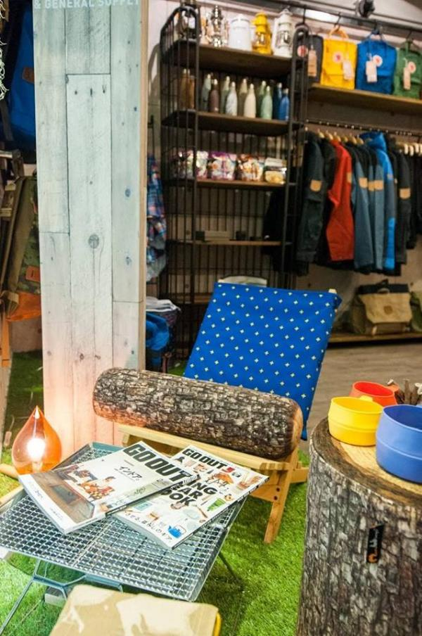 MOTHER Outdoor Lifestyle期間限定店