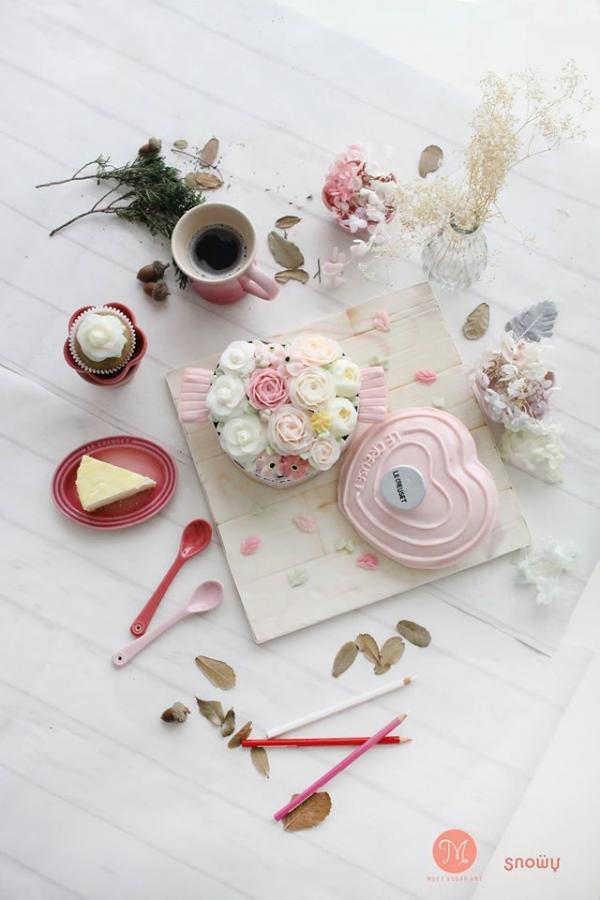 超靚!韓式唧花粉紅LC鍋蛋糕工作坊( FB@Snowy Flowercake )
