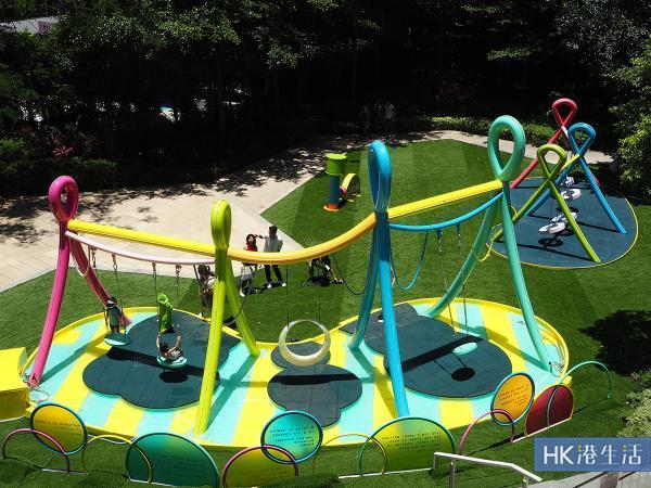 彩色沙池、水中鞦韆、電動船!元朗商場化身特色遊樂場