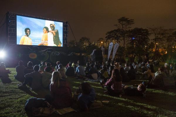 戶外電影放映會均免費入場,無需報名。