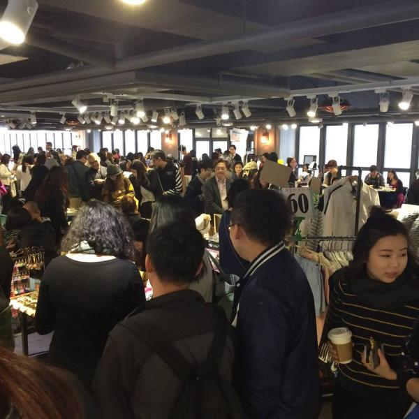 舉辦「生活市集‧童年回憶」時有不少人到場參加。(圖: fb@市集生活 Life Market)