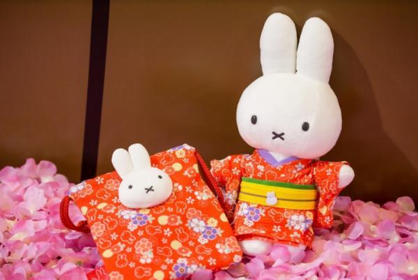 和式紅系列-Miffy 和風日式束繩袋$189,Miffy 和風日式公仔 $369