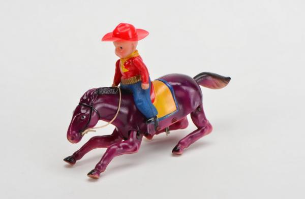 香港玩具傳奇展覽 逾百隻白兵列陣