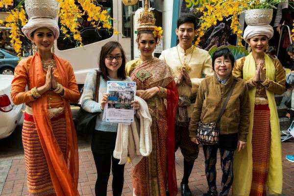 有機會免費遊泰國!週末潑水節流動車出沒