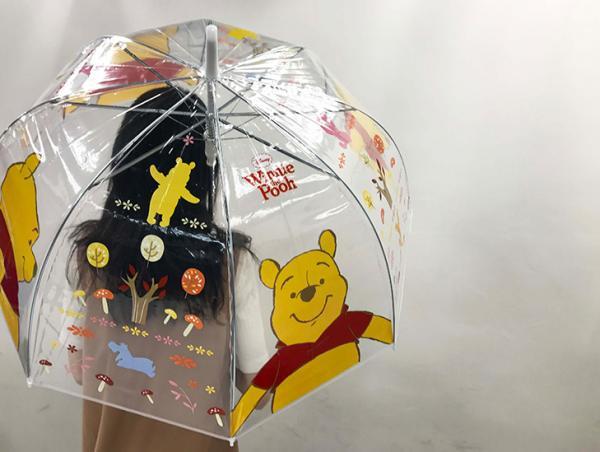 便利店限量換購!小熊維尼透明雨傘