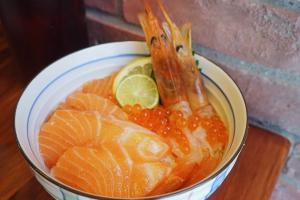 廚師發辦魚生飯!銅鑼灣新開日式小店