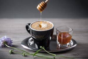 空中露台俯瞰蘭桂坊!The Coffee Academïcs新店預告