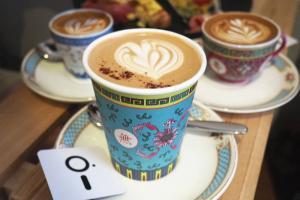 上環迷你咖啡店 中西合壁古典咖啡杯