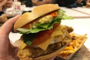 芝士薯條回歸!麥當勞全新泰式辣雞漢堡同期登場