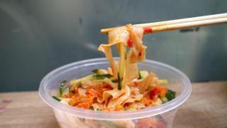 旺角新開四川小食 自家製涼皮+麻辣潮洲魚蛋
