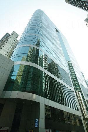 M28商場為華匯中心的地庫及1樓。
