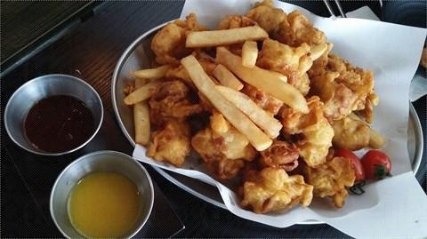 太和站 CHA:RM 韓國餐廳 炸雞(伴薯條)