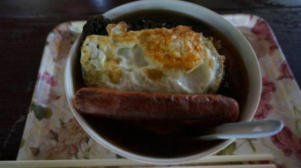 何記士多 碳燒紫菜一丁麵(圖:UBlog@Wanyi)