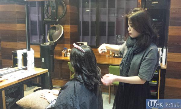 店內除了Oppa髮型師,還有兩位韓籍髮型師姐姐。