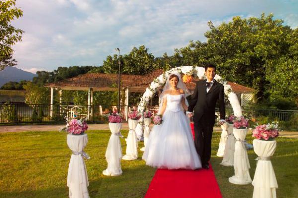 拍攝婚紗照(圖片來源:FB@白鷺湖互動中心)
